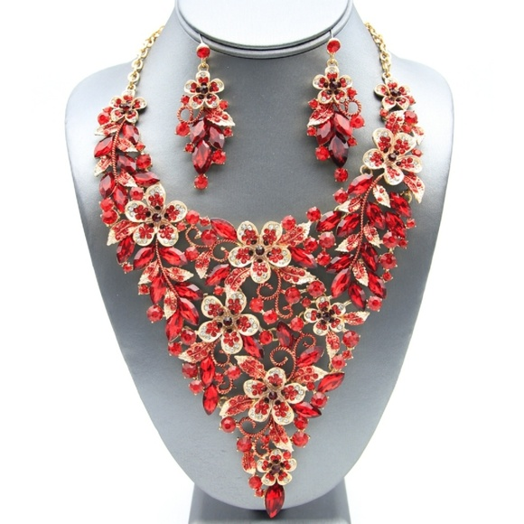 Jewelry - Bib Floral Crystal and Enamel Necklace